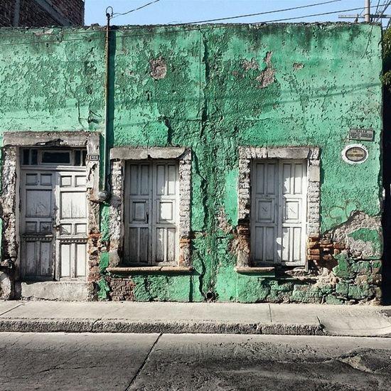 Colorsoftheweek Greenfriday IG_MEXICO Loves_mexico doorsofdistinction rsa_doorsandwindows rsa_doors rsa_windows mexigers global_family mobile_photographer iphonephotography vsco vscovisuals vscoboss vscopure iphonesia green ig_gto