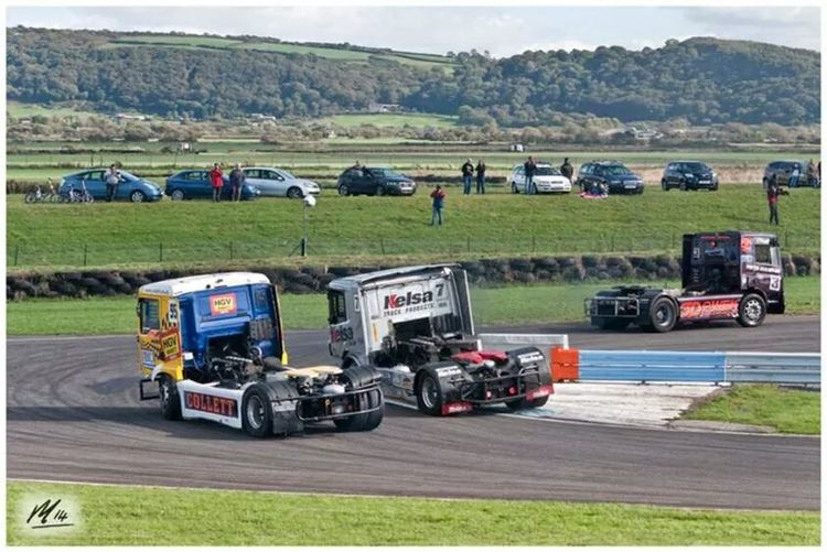 Motorsport Overtaking Lorry Truckracing