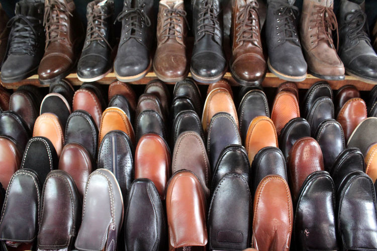 Arrangement Large Group Of Objects Side By Side In A Row Choice Retail  For Sale Order Shoe Full Frame Variation Indoors  Market No People Repetition Backgrounds Abundance Still Life Retail Display Close-up Leather