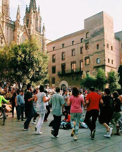 Barcelona2014 Catedraldelaseu Barcelona Peopledancing Traditionaldance Outsidechurch VSCO Vscocam BarcelonaCathedral Feel The Journey Feelthejourney Original Experiences