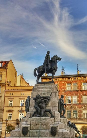 Architecture Statue Building Exterior City Built Structure No People Sky Day Pomnik Grunwaldzki Miasto LG G3 Photography LGG3 EyeEm Gallery Polska Małopolska Mobilephotography Colors History Cracovia  Kraków, Poland Historia Jagiello Grunwald Street Photography