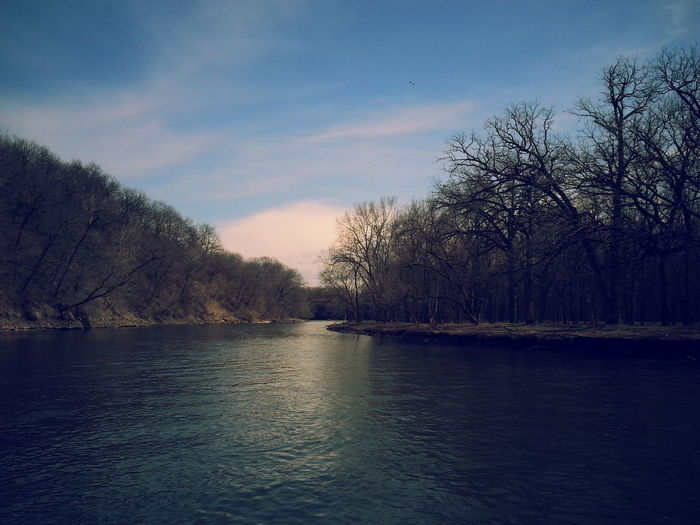 Taking Photos Relaxing Hi! Enjoying Life Fishing Iowariver Picturejunkie Check This Out