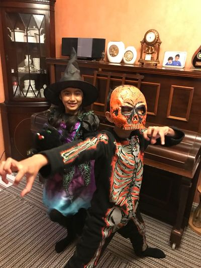 Costume Real People Home Interior Indoors  Looking At Camera Leisure Activity Togetherness Lifestyles Celebration Portrait Two People Halloween Enjoyment Smiling Men Selfie Boys Spooky Happiness Full Length Halloween 2017