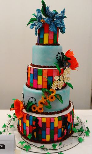 Wonderful cake creation by the students in manila. Cake MAFBEX Cakedecorating Cakedesign Taking Pictures Peace Hippie Creation Food Foodphotography