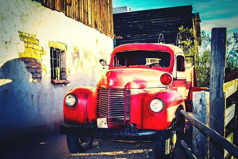 Antique truck at the Goldfield Mine in Apache Junction AZ. Lovetoclick DesertBloomPhotography Canonphotography Taking Photos Goldfield Ghost Town Antiquetruck