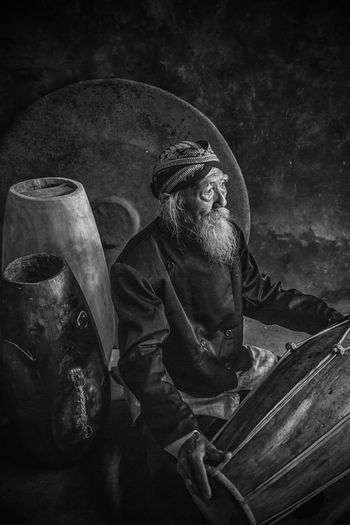 The Masterpiece Blackandwhite Indoor Musician Oldman One Person People Real People Traditional Musician Traditional People