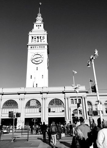 """""""1915"""" A flood of humanity flows toward the Ferry Building on the Embarcadero in San Francisco, California. Ferrybuilding Architecture_collection Architecture Architecturelovers Urban Geometry Blackandwhite Photography Blackandwhite Urbanexploration San Francisco Cityscapes Urbanphotography Street Photography Streetphotography Oldarchitecture Old Buildings Historical Place Historical Building"""