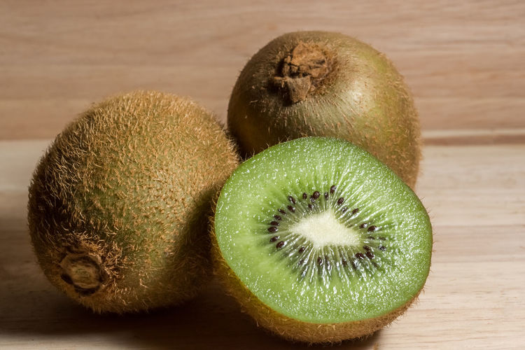 Kiwifruit Close-up Day Food Food And Drink Freshness Fruit Green Color Healthy Eating Indoors  Kiwi Kiwi - Fruit No People