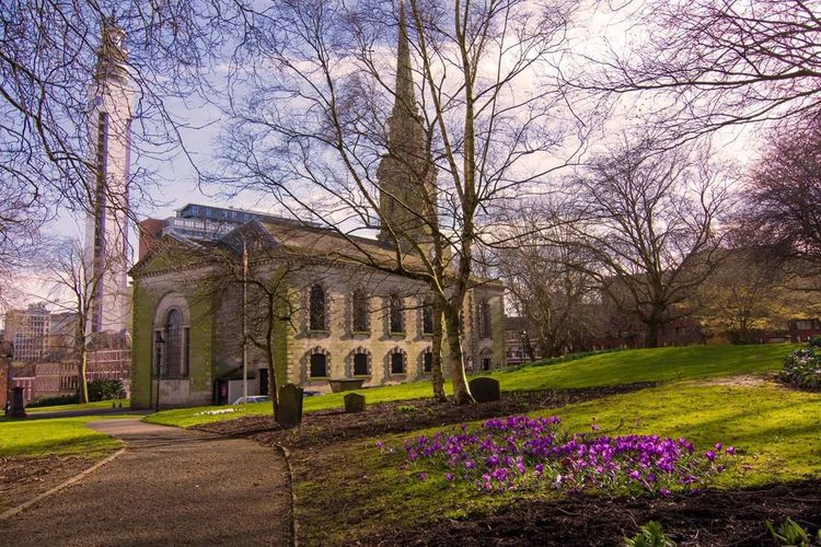 St pauls church Church Architecture Built Structure Architecture Low Angle View Tree Flower Plant NatureOutdoors Birmingham UK Growth Architecture No People Travel Destinations Sky Day