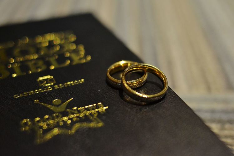 faith & love Ring Bible Wedding Blackandwhite Gold EyeEm EyeemPhilippines Philippines EyeEmNewHere Gettyimages Getty Images Forsale Sale Sellingphotos Photos Selloneyeem Sell Black-and-white
