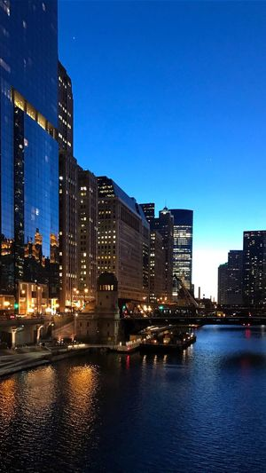 A little nighttime sparkle ✨✨🌃🌌💫💫 Chicago Skyline Chicago Architecture Architecture Blue Blue Night Lights Nightlights Nightphotography Night Building Exterior City Architecture Built Structure Sky Water Illuminated River No People Cityscape Skyscraper The Architect - 2018 EyeEm Awards