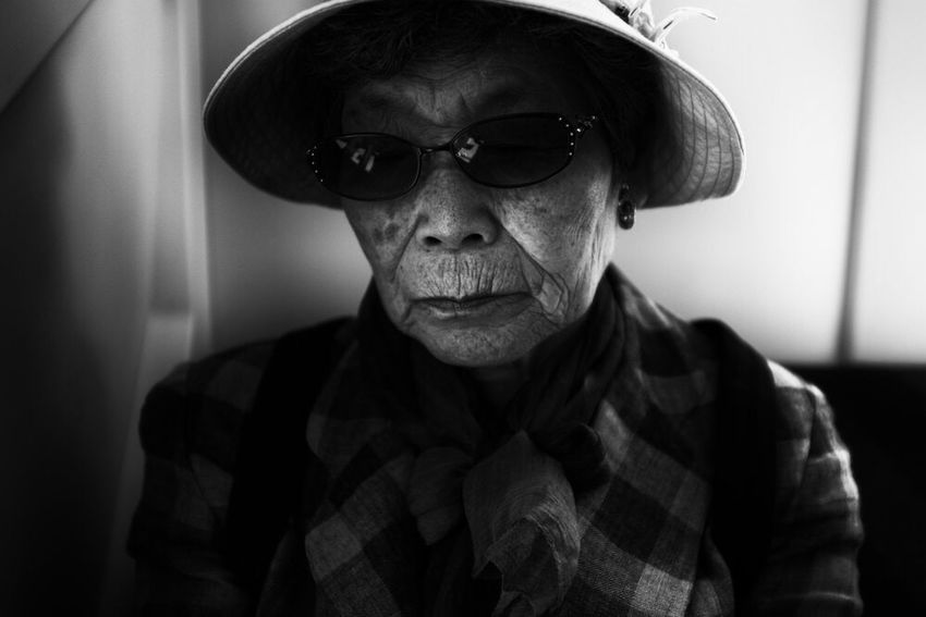 Blackandwhite Streetphotography Glasses Front View Portrait One Person Lifestyles Headshot Indoors