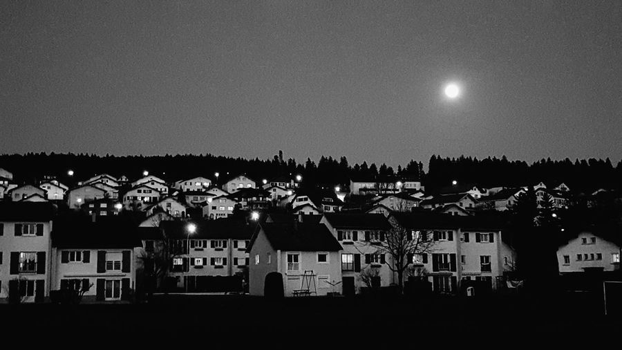 Night Mistery Monochrome Photography Enjoying Life First Eyeem Photo Blackandwhite EyeEm Gallery Contrast Learn & Shoot: After Dark Redajetavaitdit 😂 Relaxing That's Me Followme Thankyou ! MGJ 📷