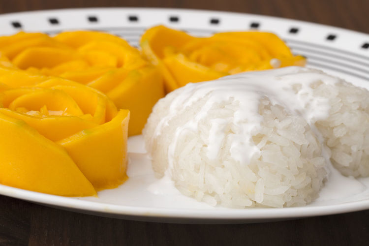 Bowl Close-up Coconut Milk Dessert Egg Yolk Food Food And Drink Freshness Healthy Eating Indoors  No People Ready-to-eat Ripe Sticky Rice & Mango Table Yellow