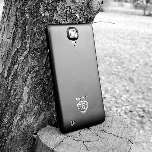 "Prestigio MultiPhone5044DUO Android 4.2.1 Jellybean 5"" IPS QuadCore 1.2Ghz"
