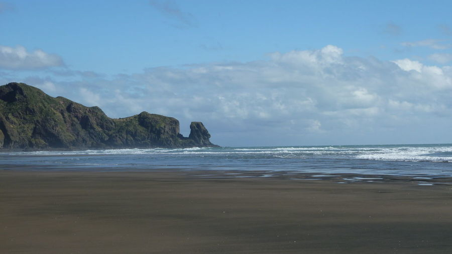 Beach Beauty In Nature Bethells Bethesda Cloud - Sky Coastal Feature Coastline Day Horizon Over Water Idyllic Landscape Nature No People Outdoors Sand Scenics Sea Sky Tide Tranquil Scene Tranquility Travel Destinations Water Wave