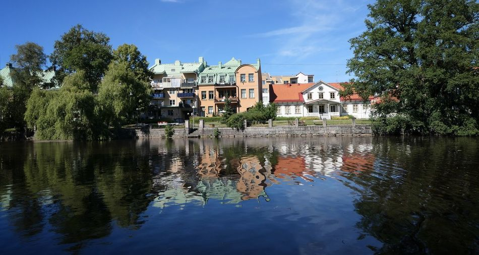 Follow my Facebook page https://www.facebook.com/niklasstormfoto/ Niklas Storm Juli 2018 Tree Water City Reflection Old Town Sky Architecture Building Exterior Residential Structure Townhouse TOWNSCAPE Reflection Lake Reflecting Pool Historic Canal Residential District Residential Building Human Settlement Rooftop Housing Settlement Town Settlement #urbanana: The Urban Playground Summer In The City My Best Travel Photo My Best Photo