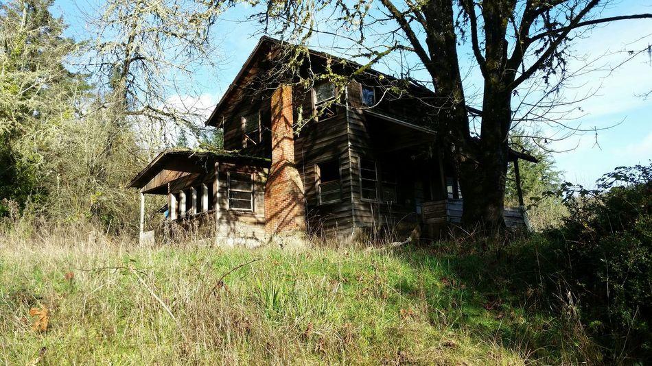 Nature Adventure Abandoned Buildings myrtle point, Oregon