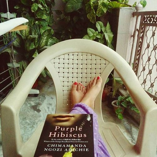 Light drizzle + cool breeze + weekend + healthy dose of feminism = new definition for perfection ? DelhiRains Weekend Book6 Brunchbookchallenge Stories Igbooks InstaRead Bookstagramindia Read Loveforbooks Purple
