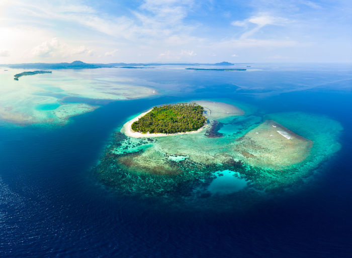 Sea Water Aerial View Nature Scenics - Nature Beauty In Nature Sky Cloud - Sky No People Land Island Day Tranquility Tranquil Scene Environment Beach Outdoors Idyllic Horizon Over Water Turquoise Colored Lagoon