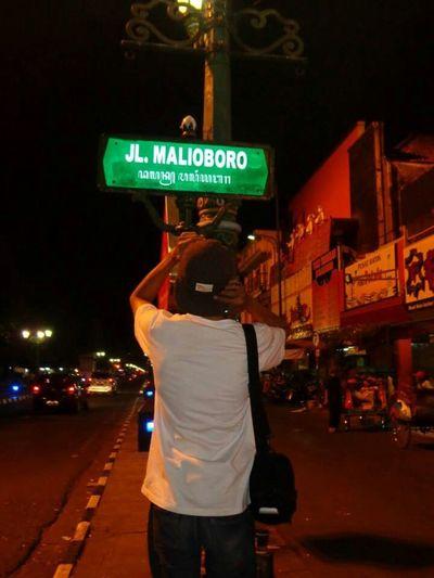 Senang senang EyeEm Holiday Malioboro Street udeh gitu aja