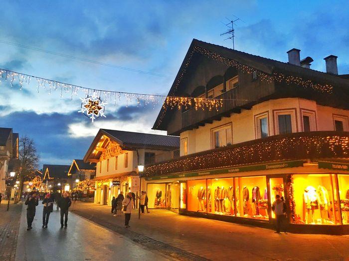 Lights Downtown Buildings Bavarian Blue Sky Gapa1516