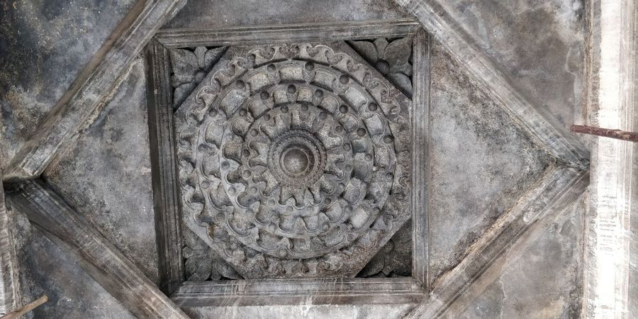 the ceiling of 1000 pillar temple. how?? Sculpture Close-up Architecture
