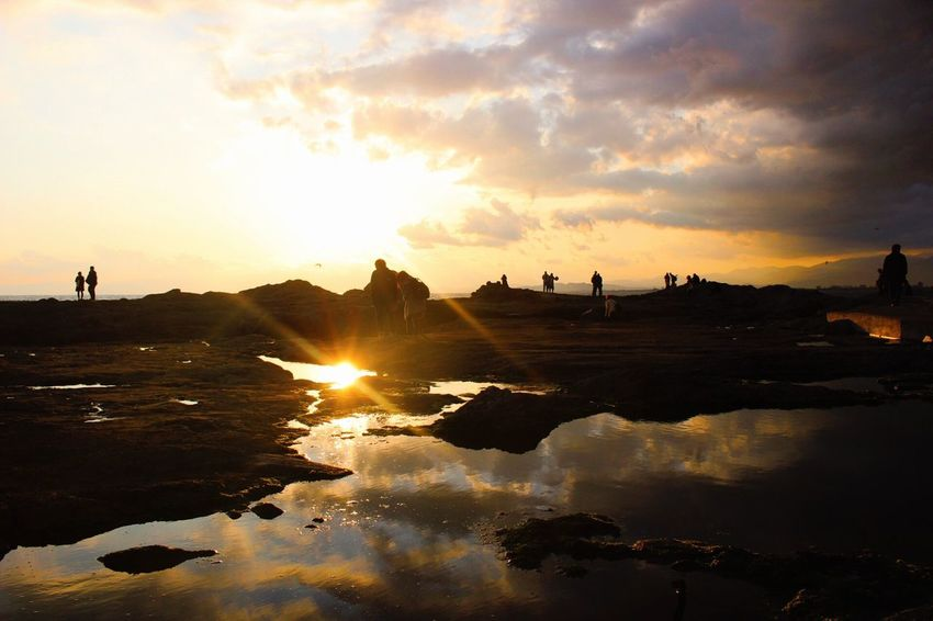 ふたつ Hello World Enoshima Sea Sunset Sunset_collection Sunset #sun #clouds #skylovers #sky #nature #beautifulinnature #naturalbeauty #photography #landscape Sun Reflection Reflections Reflection_collection Clouds And Sky Clouds