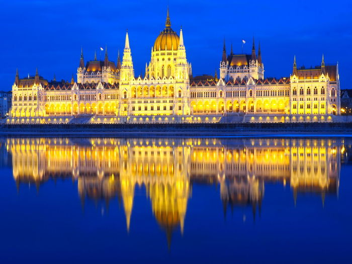 Architecture Barocco Baroque Budapest Building Exterior Built Structure City Donau Government Hungary Illuminated Longexposure Night No People Original Parlament Postcardpicture Postcardplaces Reflection River Scenics Sky Travel Travel Destinations Water First Eyeem Photo The City Light