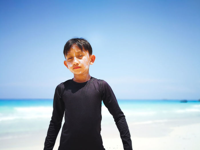 Pulau Redang, Malaysia Sea One Person Water Sky Horizon Over Water Leisure Activity Real People Front View Lifestyles Horizon Portrait Nature Standing Males  Day Beach Beauty In Nature Land Outdoors