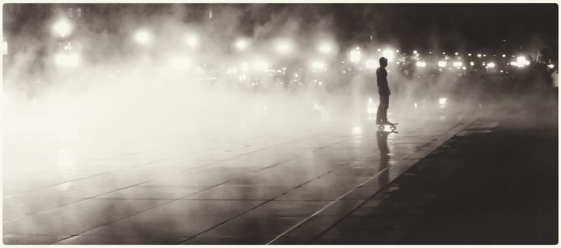 Glitch Watermirror Skateboarding Blackandwhite Taking Photos Light Hello World Capture The Moment Freedom Popular Photos
