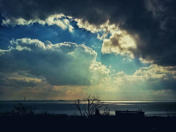Southend seafront. Cloudscape Clouds And Sky Clouds Skyscape Sky Seascape This Is Britain British Seaside Southend Sea And Sky Sea View Sea Southend On Sea Seaside Nature