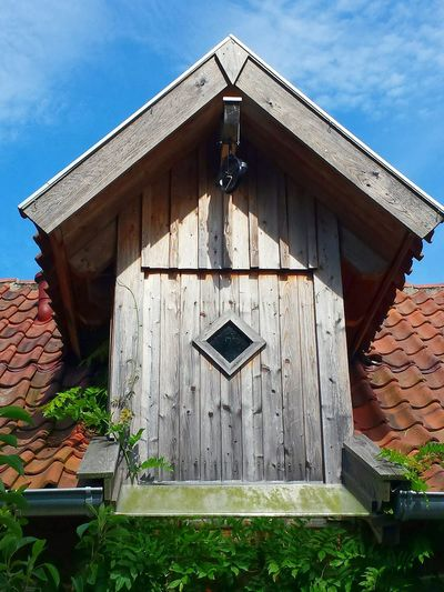 Gaube Spitzdachgaube Part Of A Building Against Blue Sky Details Of Building Wooden Structure Beautiful View Ladyphotographerofthemonth Showcase August Berankt Architecture New Building Made Of Old Materials Interesting Architecture