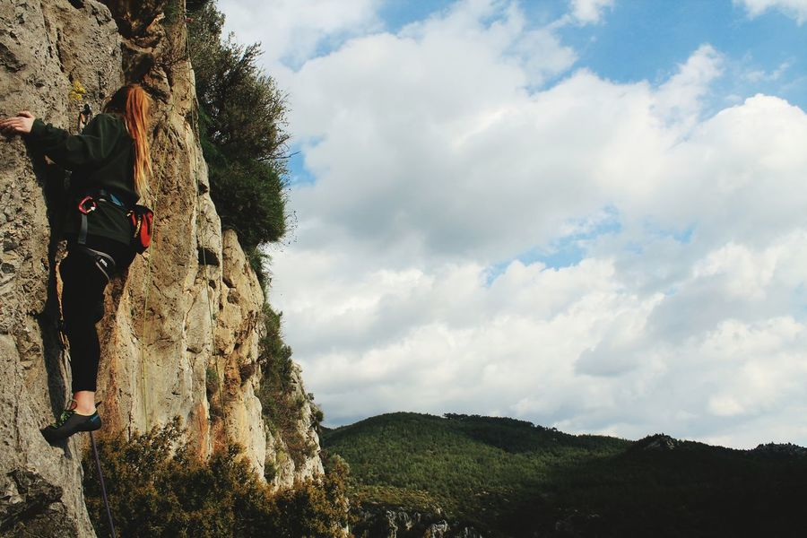Cloud Rocks RockClimbing Climbers