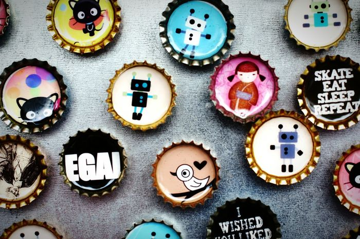 Colorful and Bottle Top with Cats, Robots and Bird and more. Cute EyeEm Gallery Buttons Comic Vintage