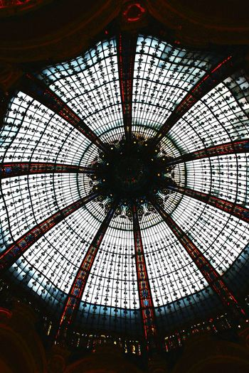 what a ceiling 😆 Low Angle View Indoors  Pattern No People Day Backgrounds Architecture Modern Architecture Urban Photography Urban Exploration Travel Destinations EyeEmNewHere Glass Ceiling Mixed Colours Galleries Lafayette Paris ❤ France🇫🇷 Shoppingcenter Glass Dome Art Is Everywhere The Architect - 2017 EyeEm Awards Your Ticket To Europe The Graphic City Colour Your Horizn