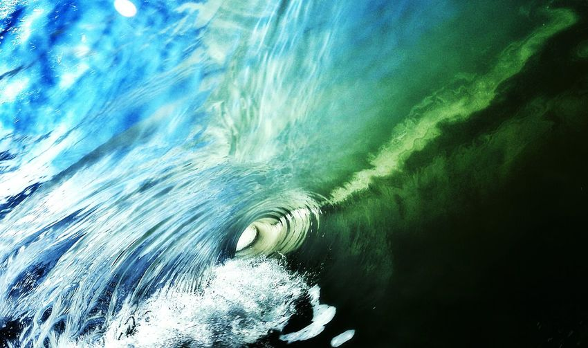 Curled up sea wave