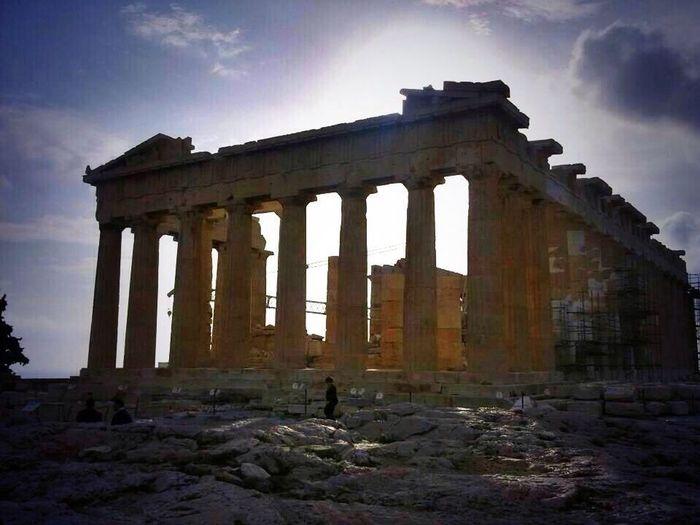 Parthenon Acropolis Athens Un salto nella mitologia Me Around The World Monuments Temple Traveling Europe Greece