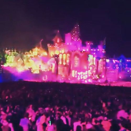 The main stage 2015tomorrowland 2015  Tomorrowland Pink captured snapchat liveupdate livetodaylovetomorrowuniteforever