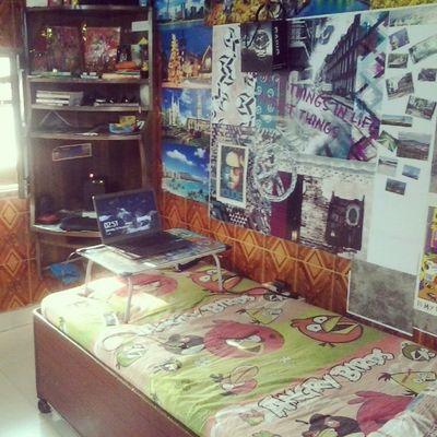 My room Desine Room My Dude TheDude Running Day Delhi Mumbai Ultimate Sleeing Night Masti