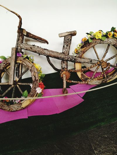 Sculpture Exibition Made By Man Wooden Bicycle Arts Culture And Entertainment Pink Color Flower Close-up The Fashion Photographer - 2018 EyeEm Awards The Street Photographer - 2018 EyeEm Awards The Creative - 2018 EyeEm Awards