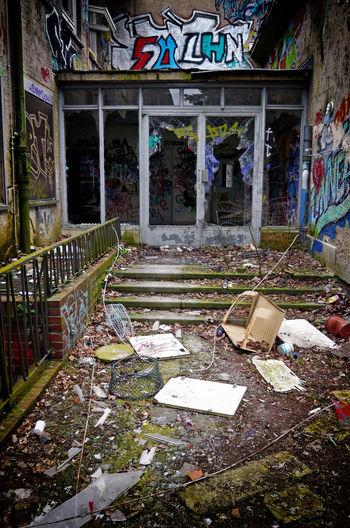 Abandoned Architecture Damaged Day Fu Berlin Graffiti Graffiti Art House Institute Of Anatomy Old
