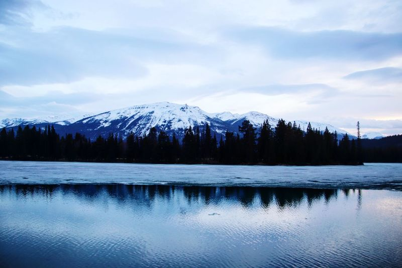 Canadian Rockies  EyeEm Selects Scenics - Nature Beauty In Nature Sky Water Tranquility Lake Mountain Reflection Snow Snowcapped Mountain Idyllic The Great Outdoors - 2018 EyeEm Awards