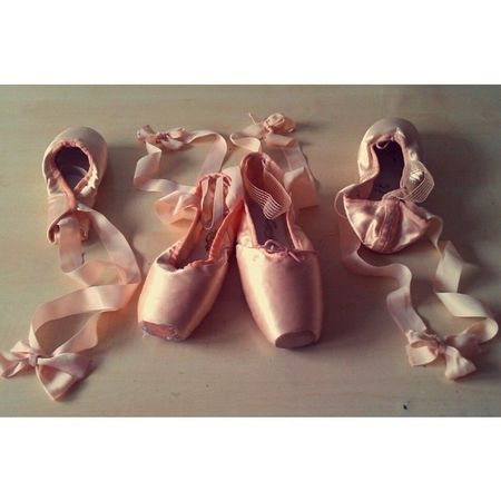 My first and last PointeShoes  :') Miss Ballet Pink bows ballerina