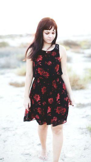 Lightness Desertandsunset Ladyinblack Outdoor Photo Shoot Beauty Redroses Life