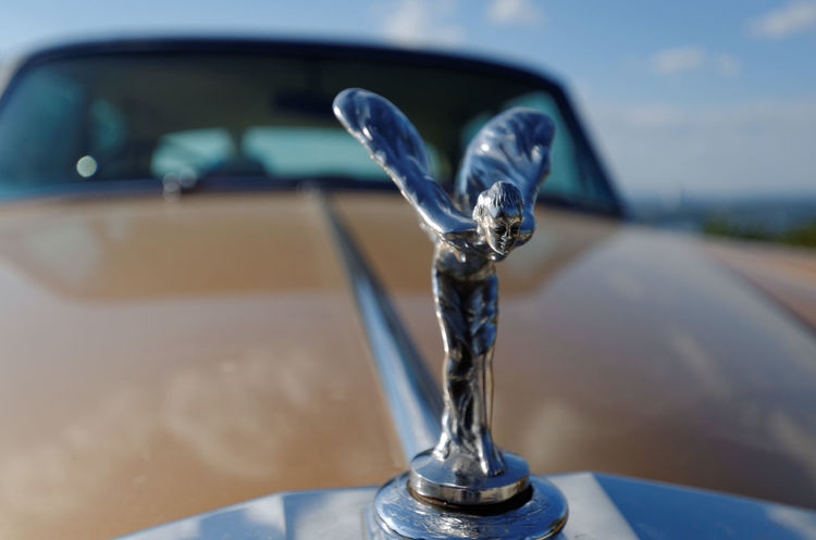 Car Close-up Emily Focus On Foreground Kühlerfigur No People Rolls Royce Spirit Of Ecstasy
