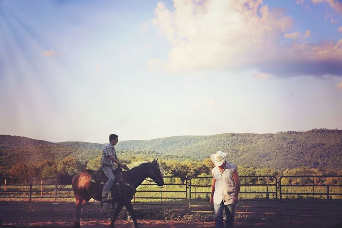 Check This Out Taking Photos Hello World Enjoying Life From My Doorstep Ride Or Die EyeEm Gallery Summer From My Point Of View Country Living Rodeo Riding Around Horses Outdoor Photography Eyeemphotooftheday Tennessee Amazing View Landscapes Riding Horses Horseback Riding Farm Life From My Polnt Of View