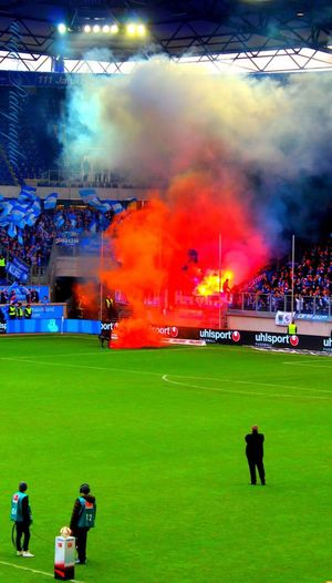Fußballstadion Msv Arena Bengalo Football Fans Duisburg Bochum Vflbochum Msv Duisburg Stadion Arena