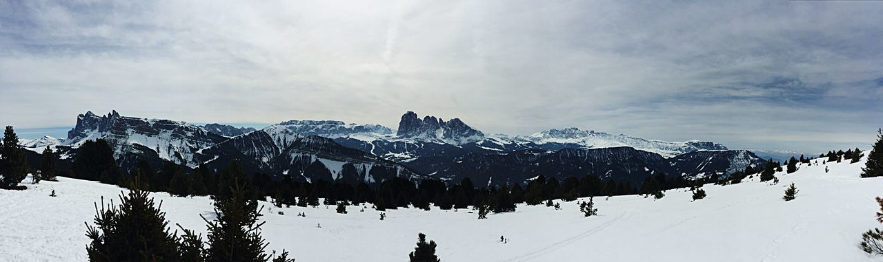 The entire view from Resciesa Tadaa Community Nature Photography From My Point Of View EyeEmBestPics EyeEm Nature Lover The Week Of Eyeem Enjoying Life EyeEm Best Shots Taking Photos Freedom Nature Relaxing Mountain Saslong Val Gardena Sky Landscape Snow Shades Of Winter