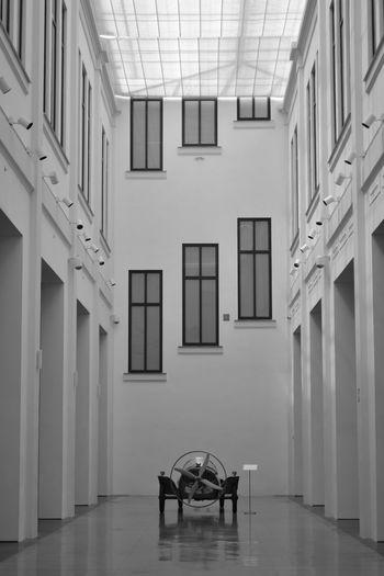 vintage Hip Oldtobaccofactory Travel Architecturelovers Architectural Feature Summer Elcoche España🇪🇸 España Museum Blackandwhite Vintagecar Museoautomovilistico Málaga,España Malaga Chair Absence Architecture Indoors  Empty Door Corridor EyeEmNewHere